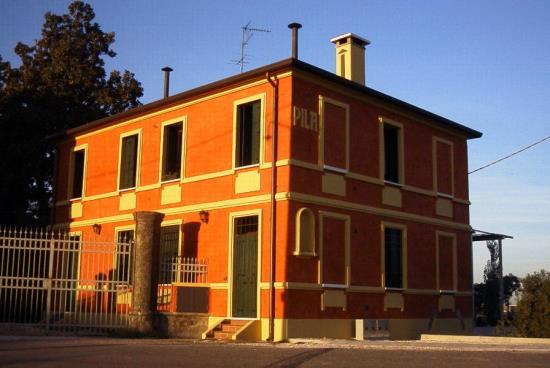 Casa la pila spinimbecco di villa bartolomea for Appartamenti a pila